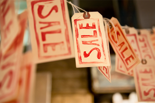 store sale tags