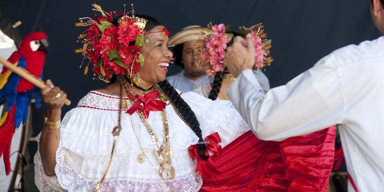 dancers at zoo fiesta